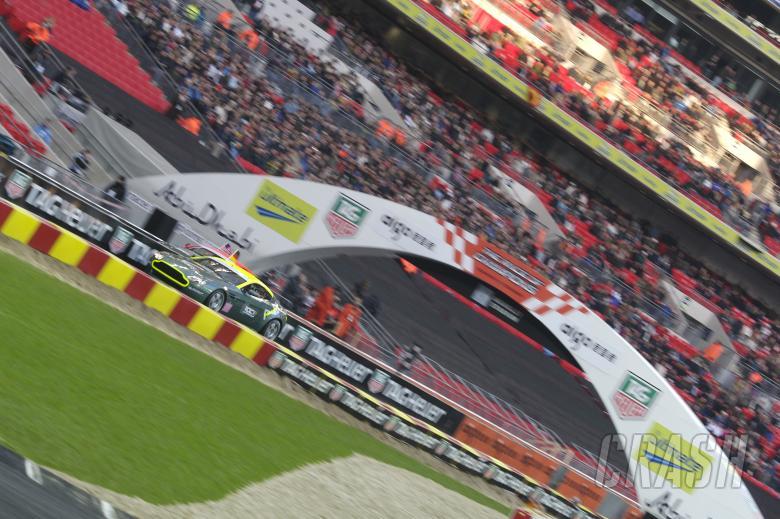 Jimmie Johnson (USA), Sebastian Vettel (GER), Race Day, Race of Champions, Wembley, 16th December, 2