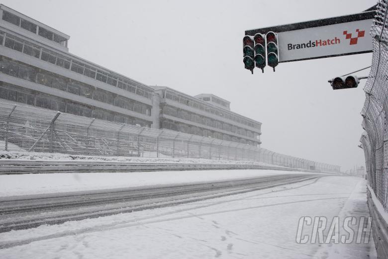 Snow bound track, Brands Hatch, Raceday