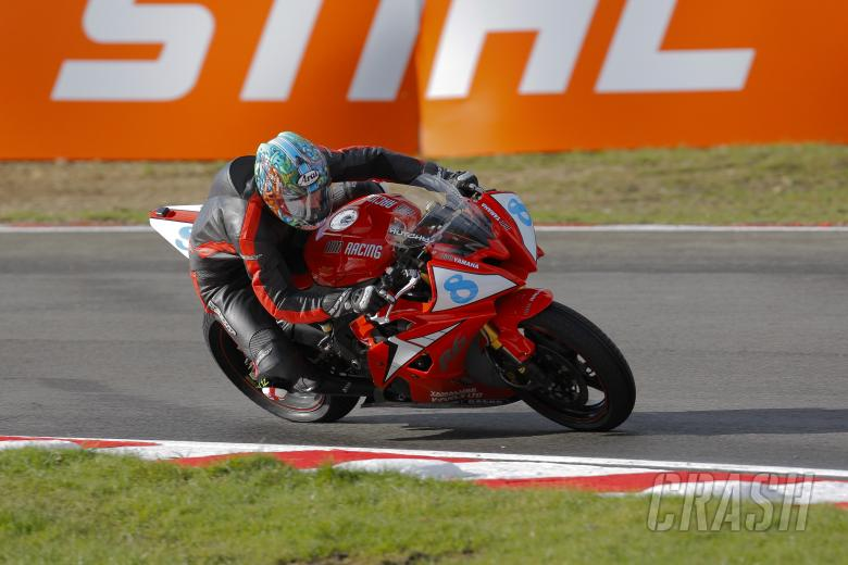 Ian Hutchinson, AIM Racing, Supersport Championship
