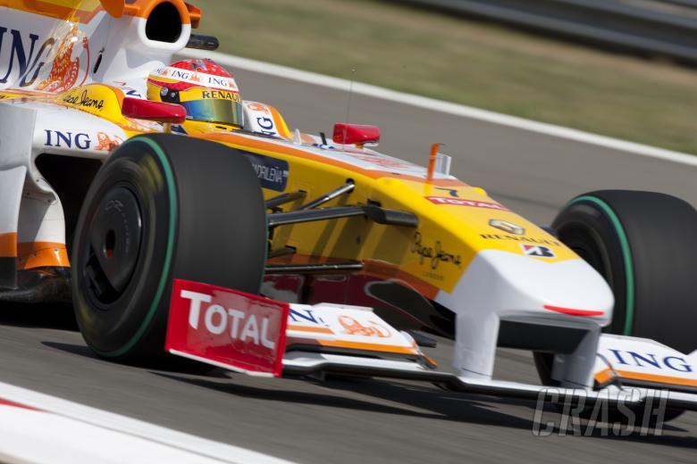, - Fernando Alonso (ESP) Renault R29, Turkish F1, Istanbul Park, 5th-7th June, 2009