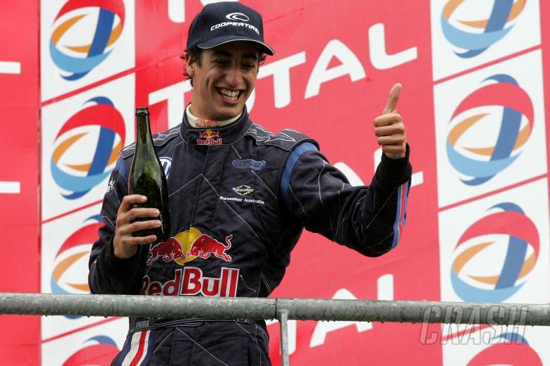 , - Daniel Ricciardo (AUS) - Carlin Motorsport Dallara Volkswagen