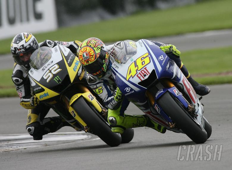 Toseland, Rossi overtake, British MotoGP Race 2009