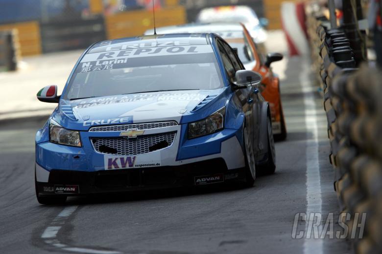 Nicola Larini (ITA) Chevrolet Cruze