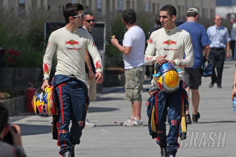 Jaime Alguersuari (ESP) Scuderia Toro Rosso STR5 & Sebastien Buemi (SUI) Scuderia Toro Rosso STR