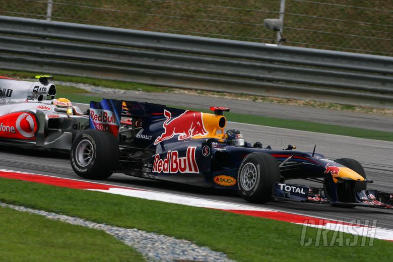 , - Race, Sebastian Vettel (GER), Red Bull Racing, RB6 and Lewis Hamilton (GBR), McLaren Mercedes, MP4-