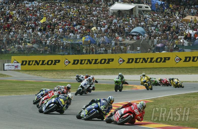 Capirossi, Gibernau, Rossi, Start, Italian MotoGP Race, 2005