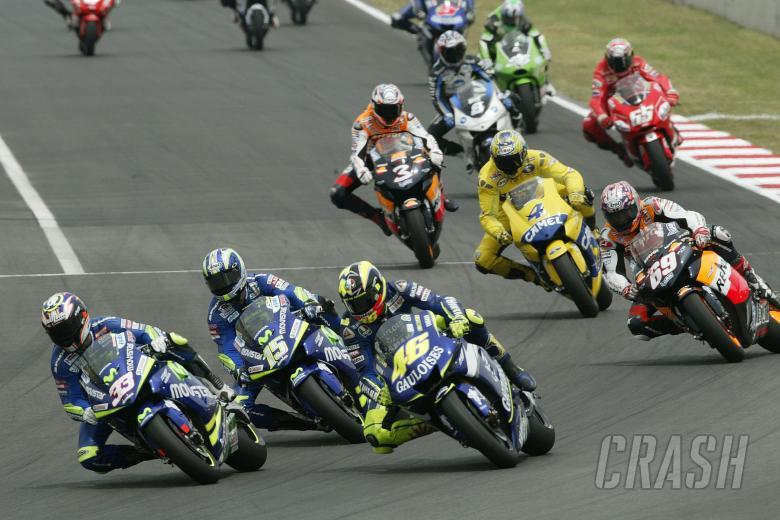 Melandri, Gibernau, Rossi, Catalunya MotoGP Race, 2005