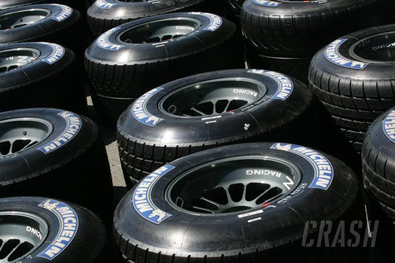 , - Renault`s Michelin tyres