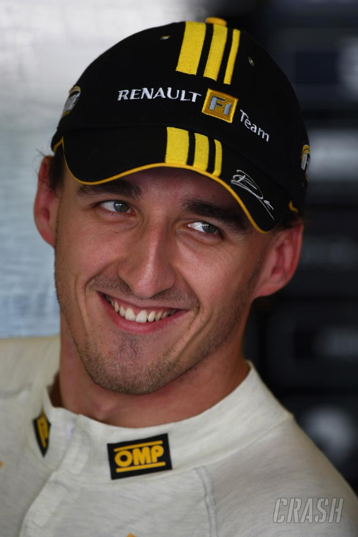 Friday Practice 1, Robert Kubica (POL), Renault F1 Team, R30