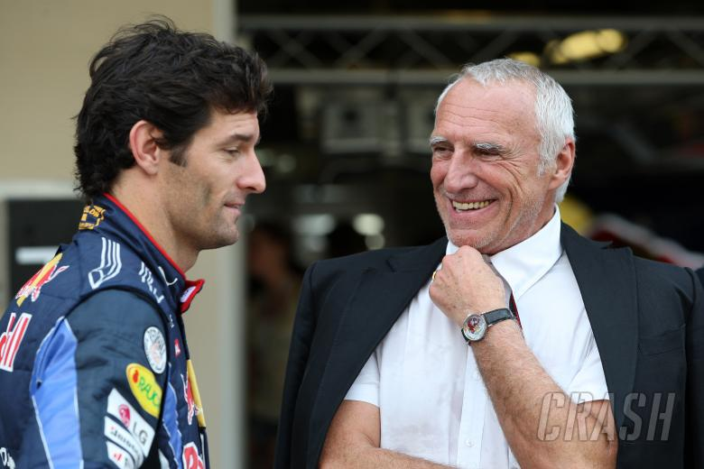 Sunday, Red Bull Racing Family Team, Mark Webber (AUS), Red Bull Racing, RB6 and Dietrich Mateschitz