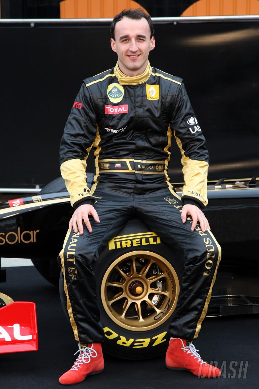 31.01.2011 Valencia, Spain, Robert Kubica (POL), Lotus Renault GP - Lotus Renault GP R31 Launch - F