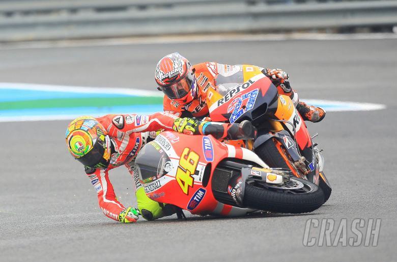 Stoner and Rossi crash, Spanish MotoGP 2011