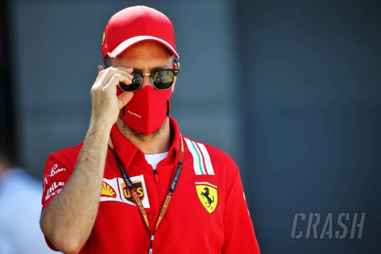 "Vettel in ""no rush"" to make decision over F1 future"