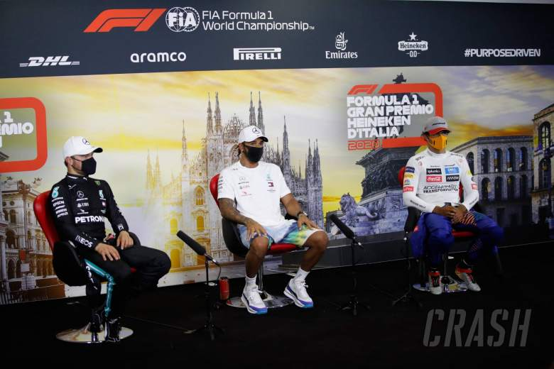 (L to R): Valtteri Bottas (FIN) Mercedes AMG F1; Lewis Hamilton (GBR) Mercedes AMG F1; and Carlos Sainz Jr (ESP) McLaren, in the post qualifying FIA Press Conference.