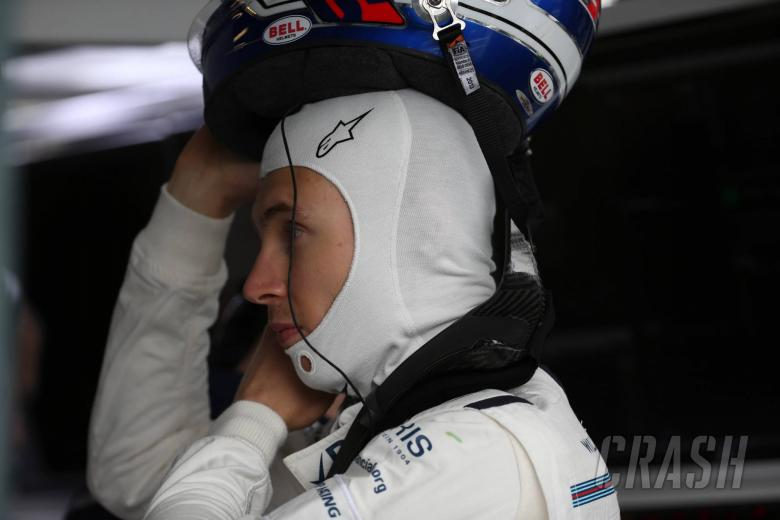 Sandwich bag causes Sirotkin DNF on F1 debut