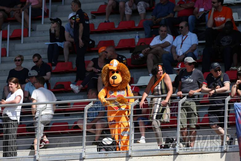 F1 Paddock Notebook - Spanish GP Friday
