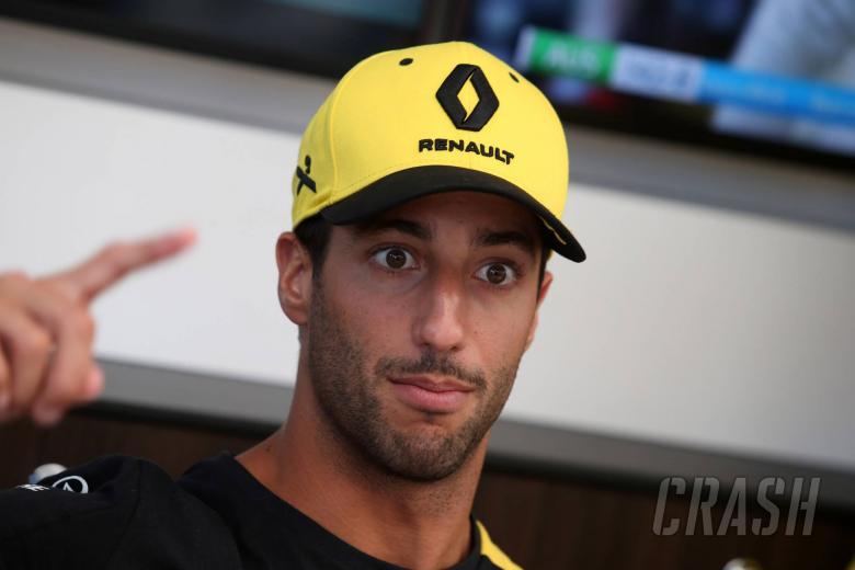 Ricciardo: Renault needs to regain winning mentality