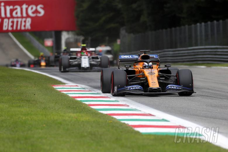 Sainz: F1 would have 'close to zero overtakes' without DRS