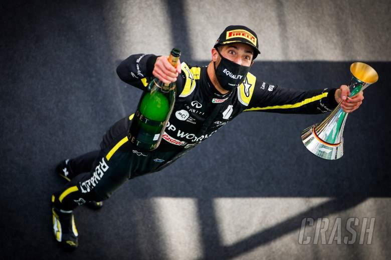 Daniel Ricciardo (AUS) Renault F1 Team celebrates his third position on the podium.