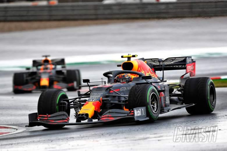Alexander Albon (THA) Red Bull Racing RB16.