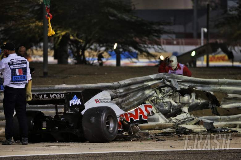 The heavily damaged Haas F1