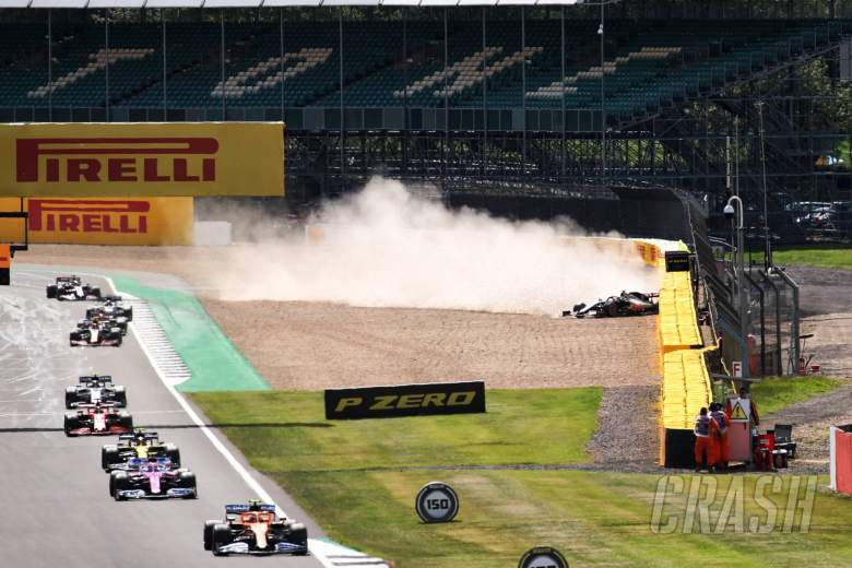 Kevin Magnussen (DEN) Haas VF-20 crashed out of the race.