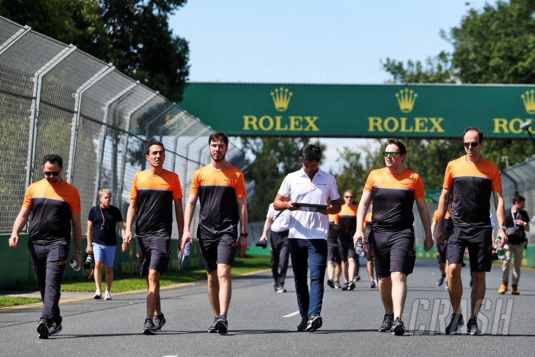 Carlos Sainz Jr (ESP) McLaren walks the circuit with the team.