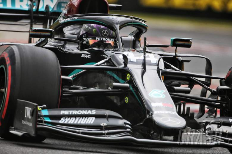 Mercedes 'mustn't get carried away' with early F1 lead - Wolff