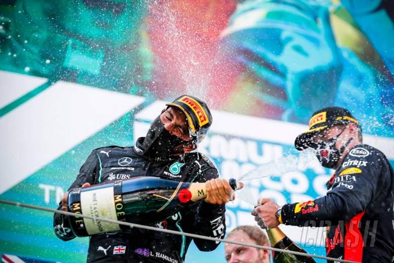 Hamilton: Red Bull 'still a title runner' in 2020 F1 fight