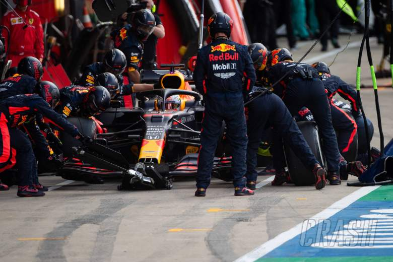 Red Bull defends Verstappen's late F1 British GP pitstop