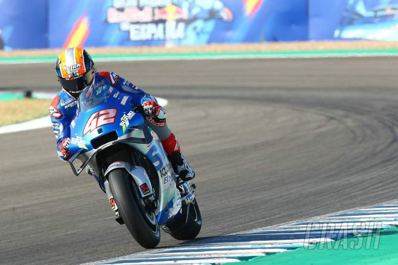 """Difficult to see if I can race with pain"" – Alex Rins"