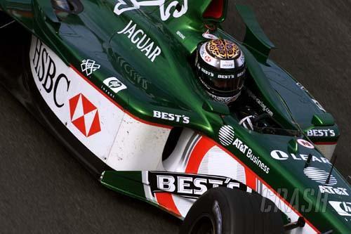 Jaguar and HSBC strike up a new deal.