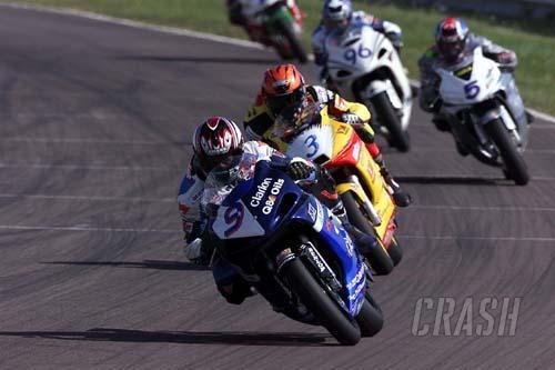 V&M Racing chase the championship at Cadwell Park.