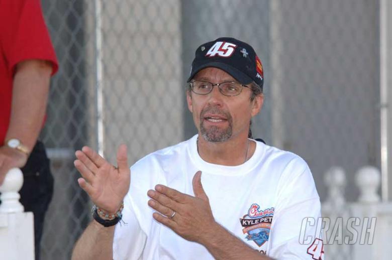 Petty criticises NASCAR over Busch/Harvick