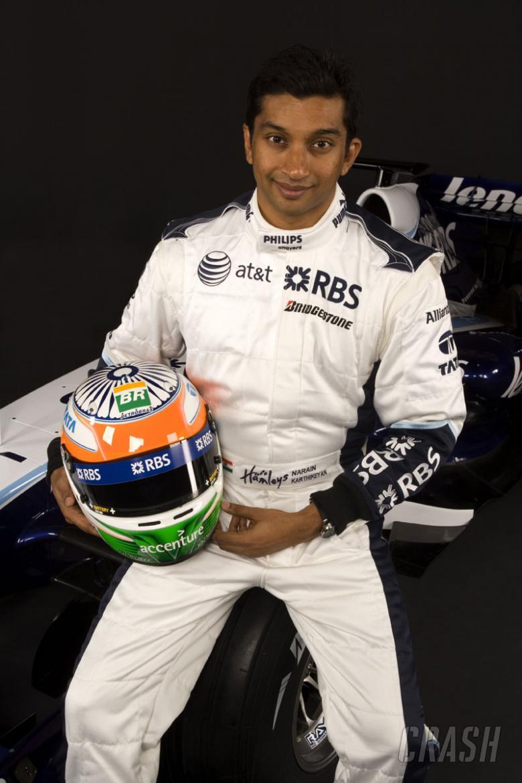 Formula 1 won't go to India in '09, says Narain.