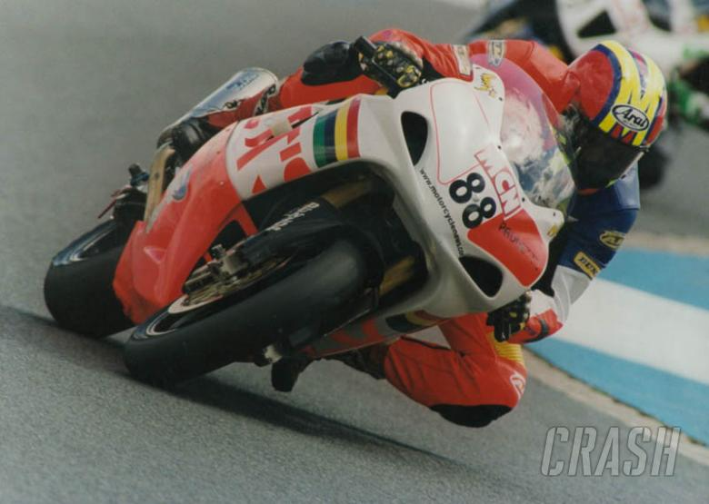 Padgett's up the pace at Knockhill.