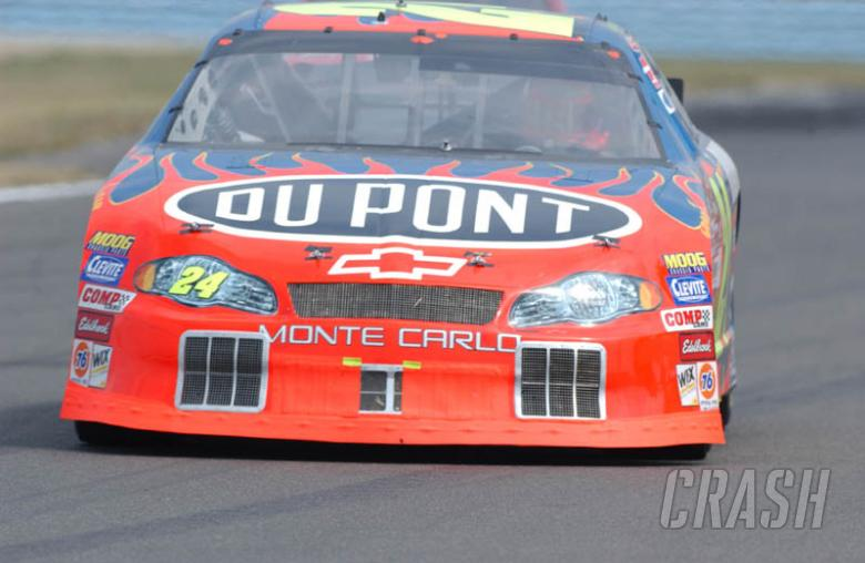 New fuel cell rule won't hinder Gordon  | NASCAR | News | Crash