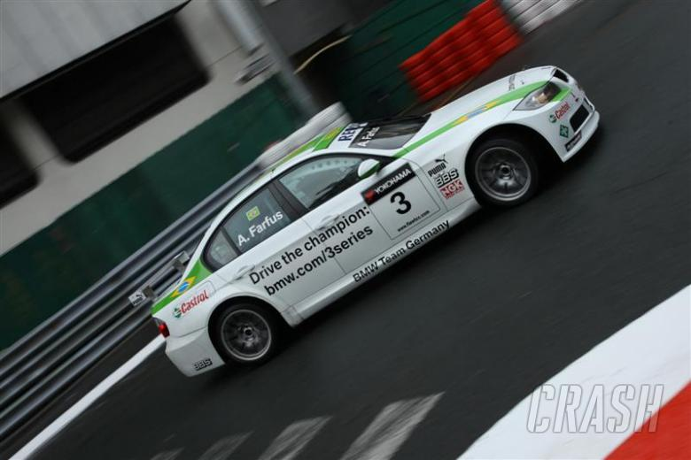 Farfus paces Macau test session.