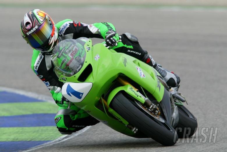 Battling first day performance from Kawasaki duo.