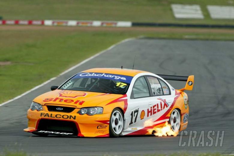 DJR secures new V8 sponsorship for 2004.