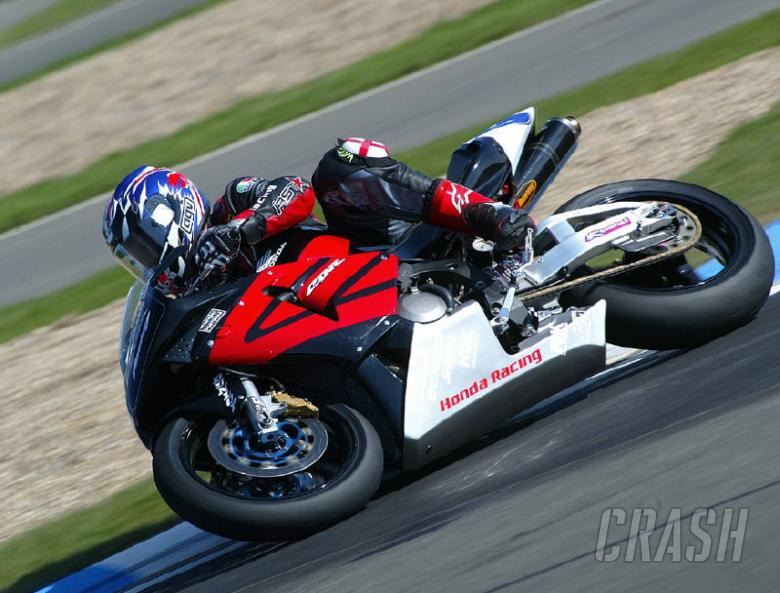 Harris on Supersport front row at Brands Hatch.