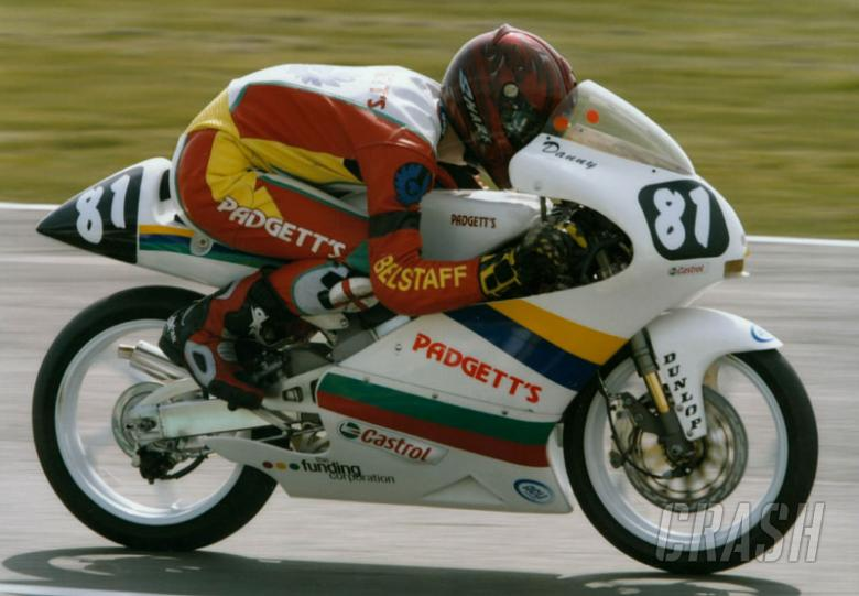 Missed gear costs Coutts Thruxton win.