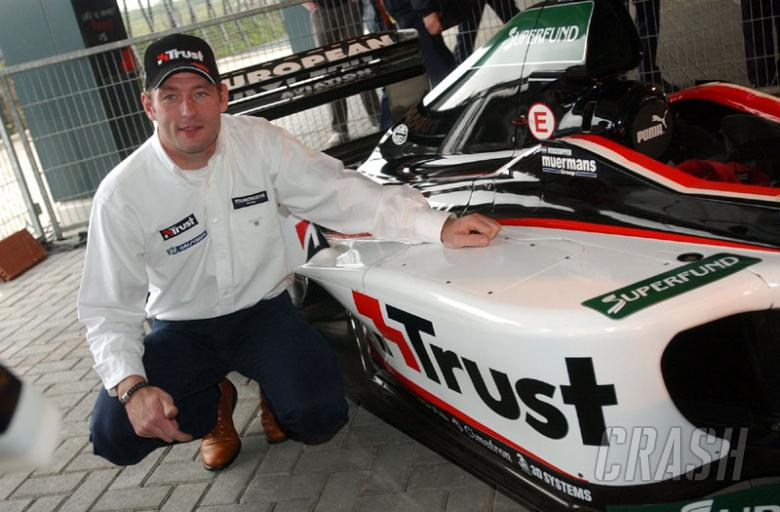 Trust ends Minardi role, heads for Jordan?