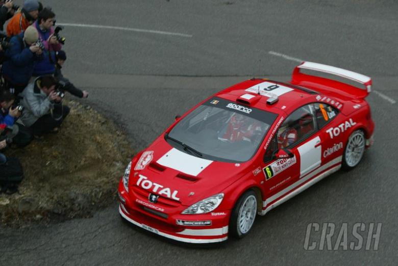 Promising debut for new Peugeot 307 WRC.