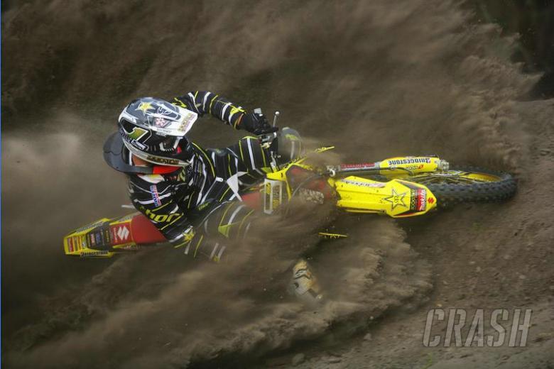 Chad Reed takes AMA Motocross lead.
