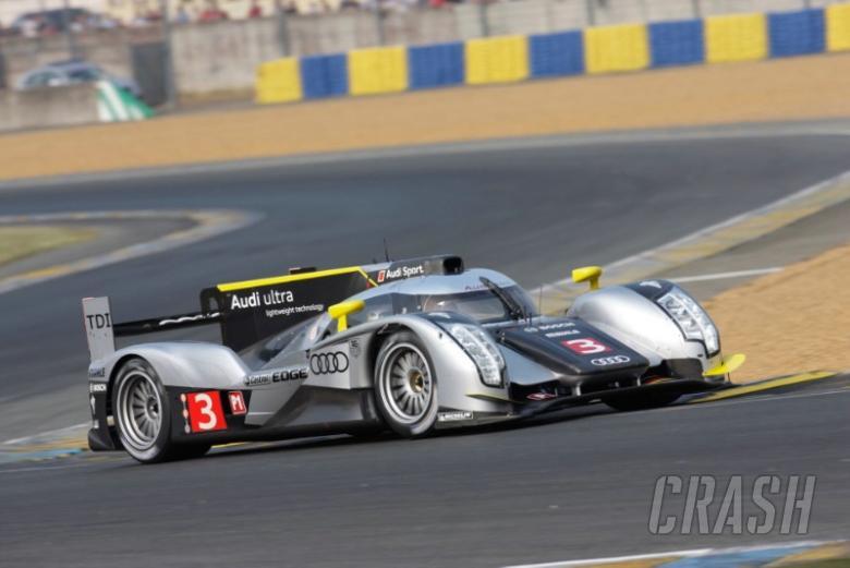 Audi pace Le Mans 24 test day