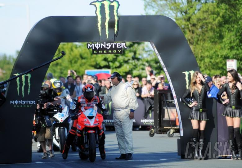 Farquhar confirms Superbike return at Isle of Man TT