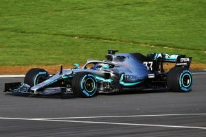 Mercedes focus on rear tyre performance with W10 design