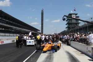 Pigot remains on top, Alonso and Hinchcliffe outside looking in