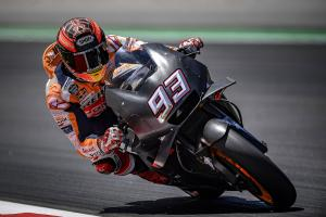 Marquez tries 'interesting' all-black bike
